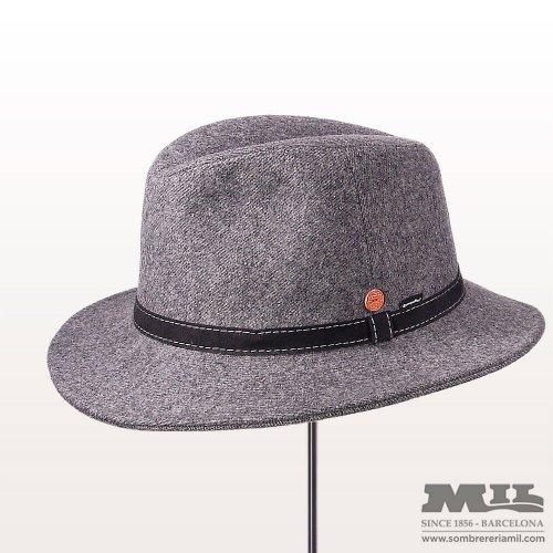 Sombreros de hombre con estilo y de moda en Barcelona. - Sombrereria Mil 5601577301e