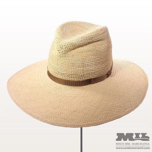 6036704641145 Los mejores sombreros en el Centenario de Sombrerería Mil.