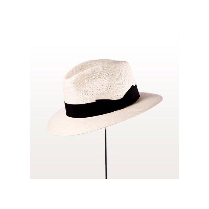 Sombrero Panamá de ala baja
