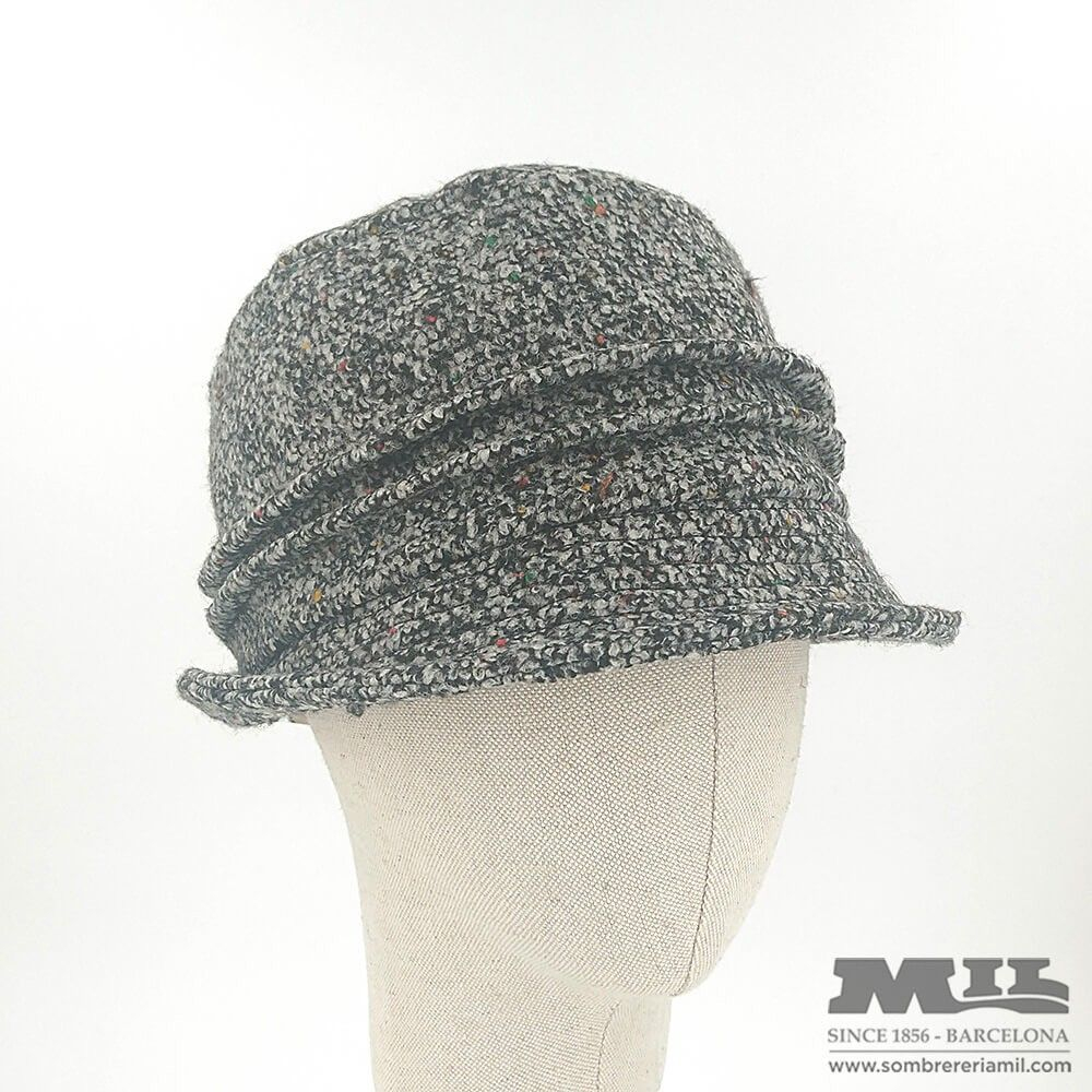 7d5267276 Multicolour gray woman cloche winter hat