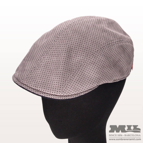 Marone Holes Cap