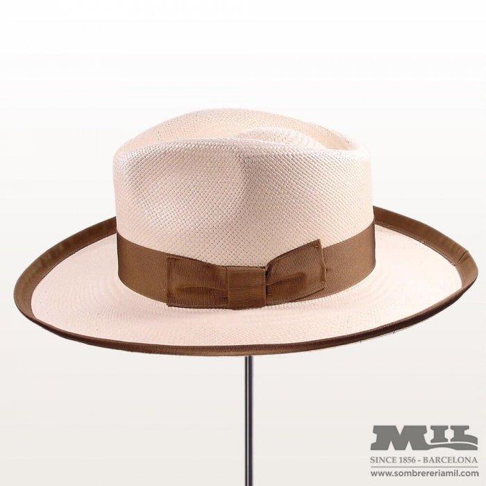 Sombrero panamá gaudí Ribet