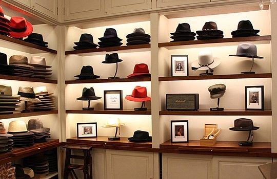 bceba2f46b9ac Muchos ya sabéis que somos la sombrerería decana de la ciudad de Barcelona